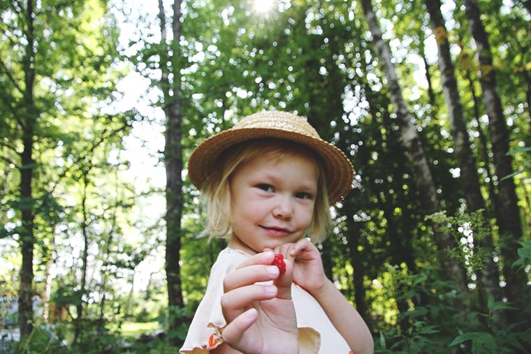 mini rodini siiri vadelma hunajaista lastenvaatteet blogi mammablogi