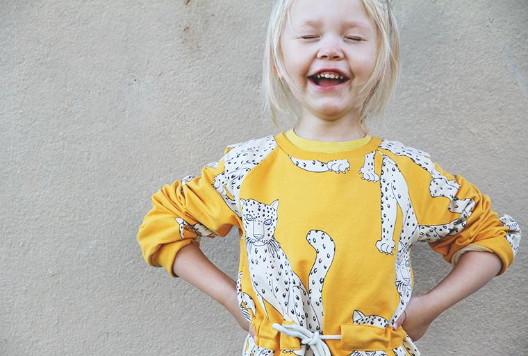 hunajaista mini rodini pantteri keltainen siiri nauraa