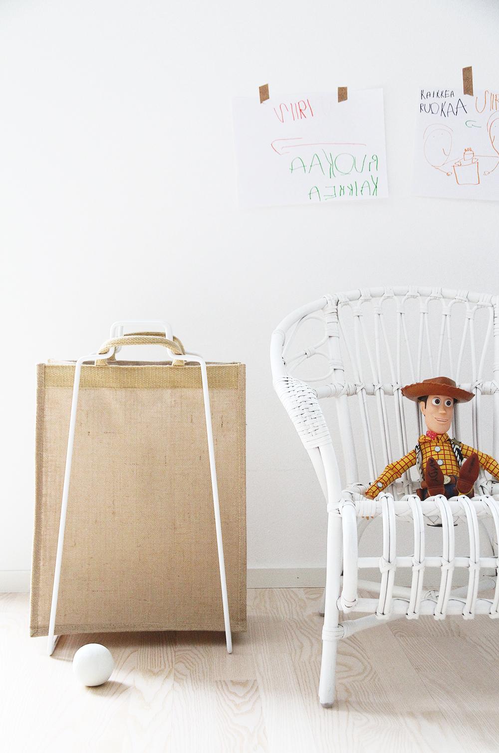 everydaydesign hunajaista sisustusblogi lastenhuone parolan rottinki disney woody