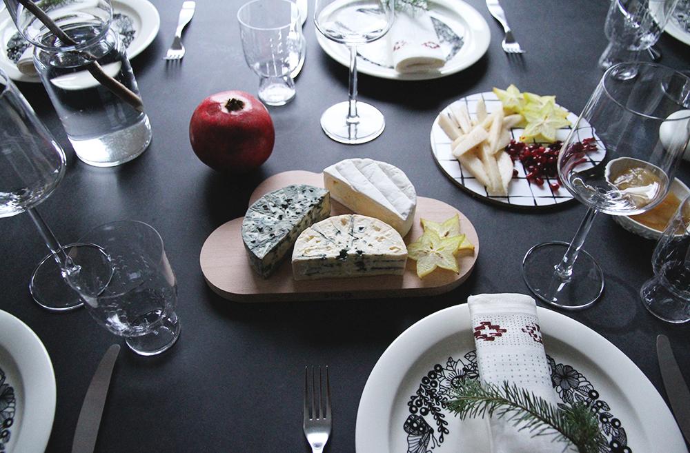 hunajaista iittala arabia piilopaikka joulukattaus juustot castello arla ingman