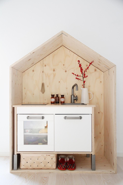 saunapihalle luona saunat luona in luona out hunajaista sisustus lastenhuone leikki leikkikeittio