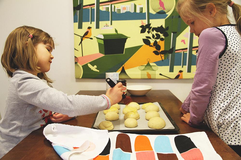hunajaista laskiaispullat lasten kanssa arla ingman