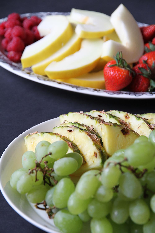hunajaista hedelmat syntymapaivatarjoilut