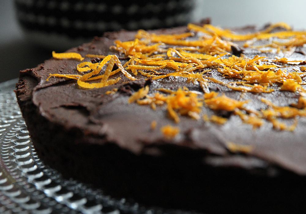 suklaakakku kungsornen hunajaista appelsiini
