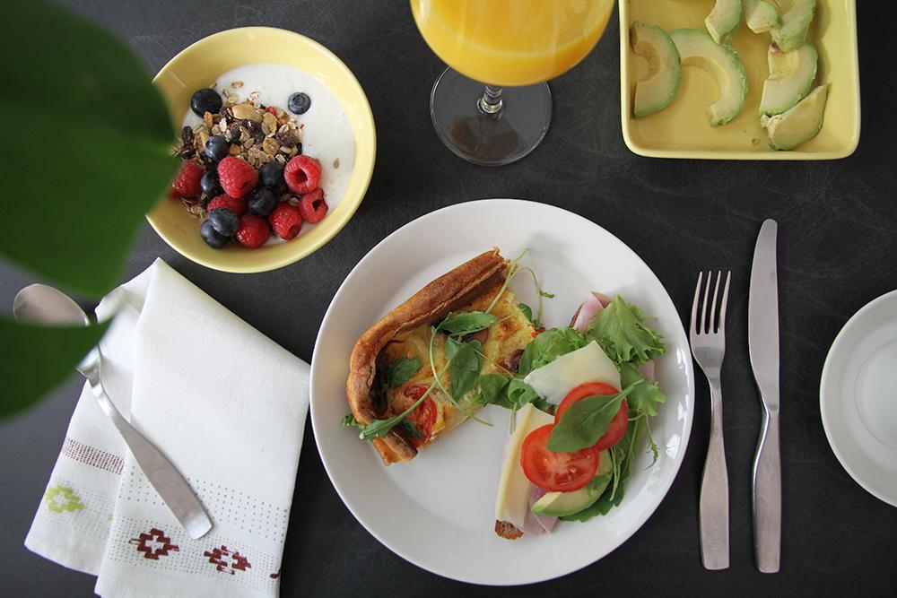 suolainen pannari arla aamiaiskutsu hunajaista resepti ruokablogi