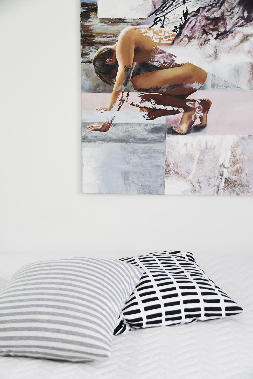 hunajaista kaarina helenius taulu bedroom makuuhuone sisustusblogi
