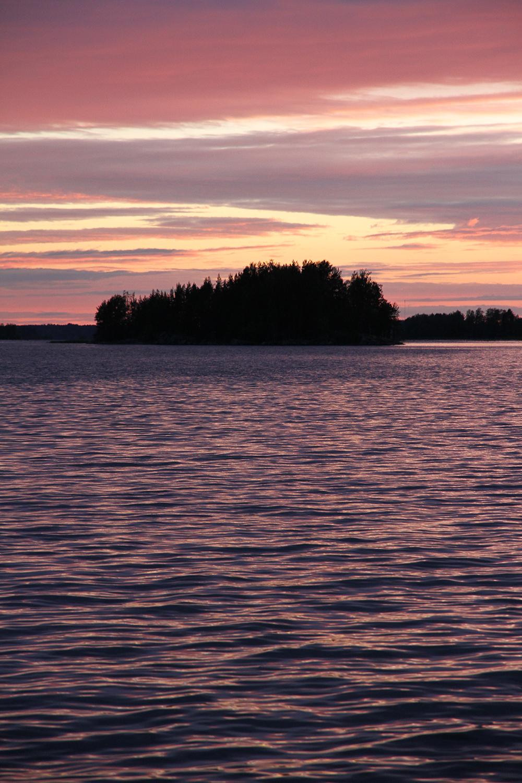 kitee auringonlasku hunajaista juhannus 2014