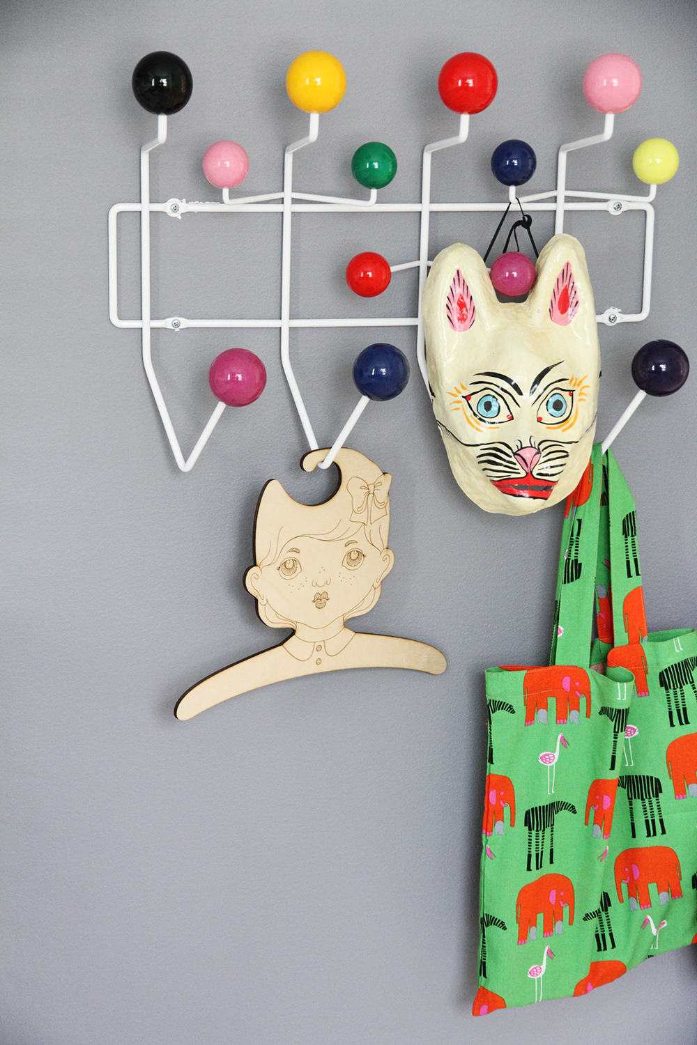 vitra hang it all hay mask poola kataryna hunajaista marimekko