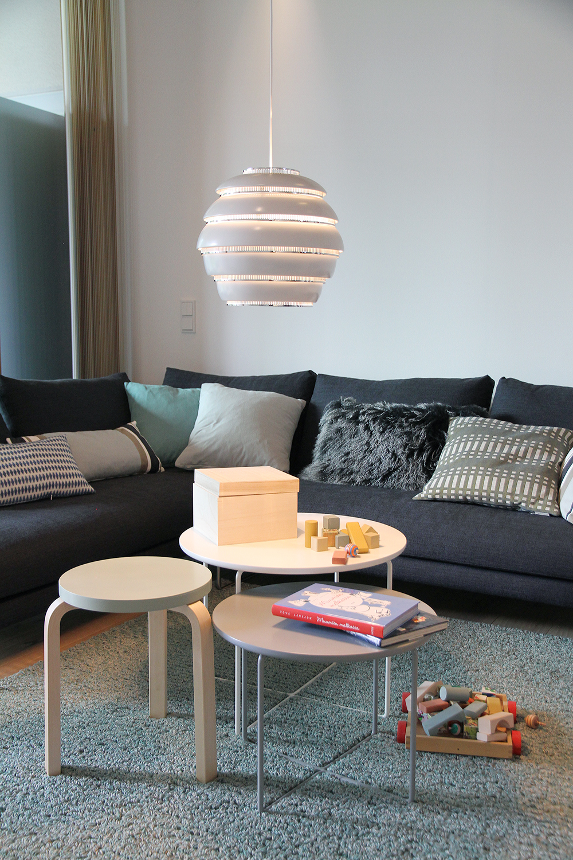 hunajaista asuntomessut olohuone artek kalusteet design