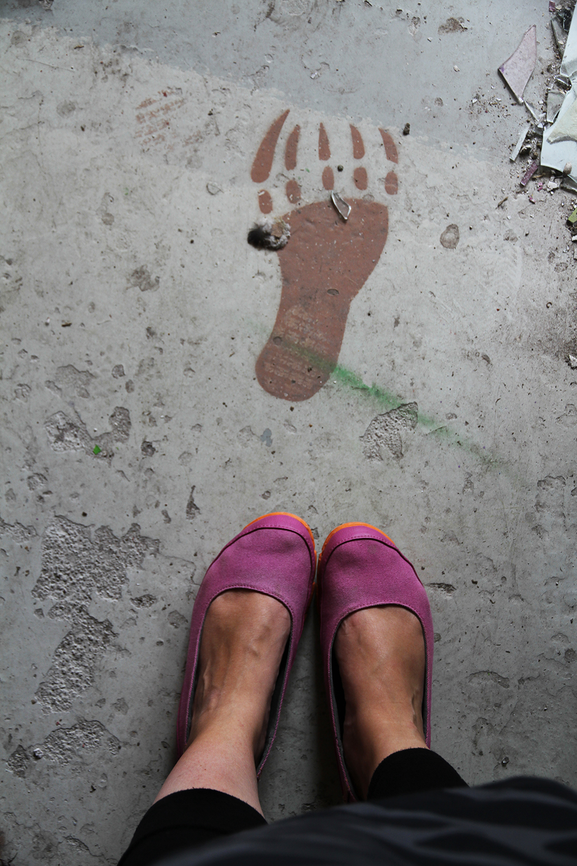 hunajaista from where i stand jalanjalki graffiti