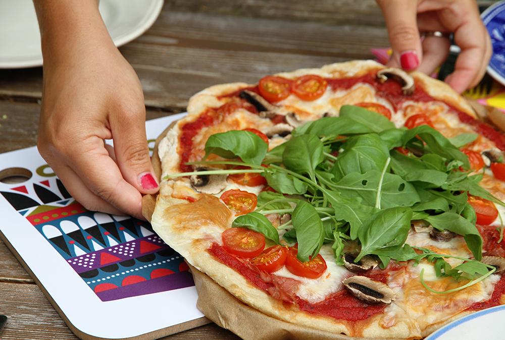 hunajaista pizza kesamokki marimekko miran kadet