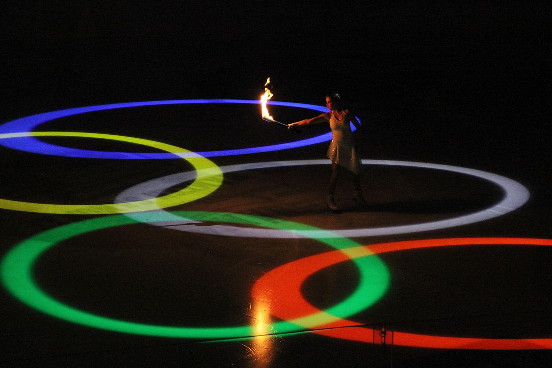 hunajaista itsenaisyysfantasia olympiarenkaat