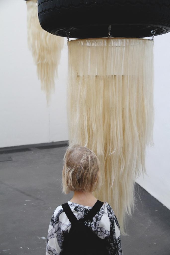 hiukset kiasma vimma hunajaista siiri