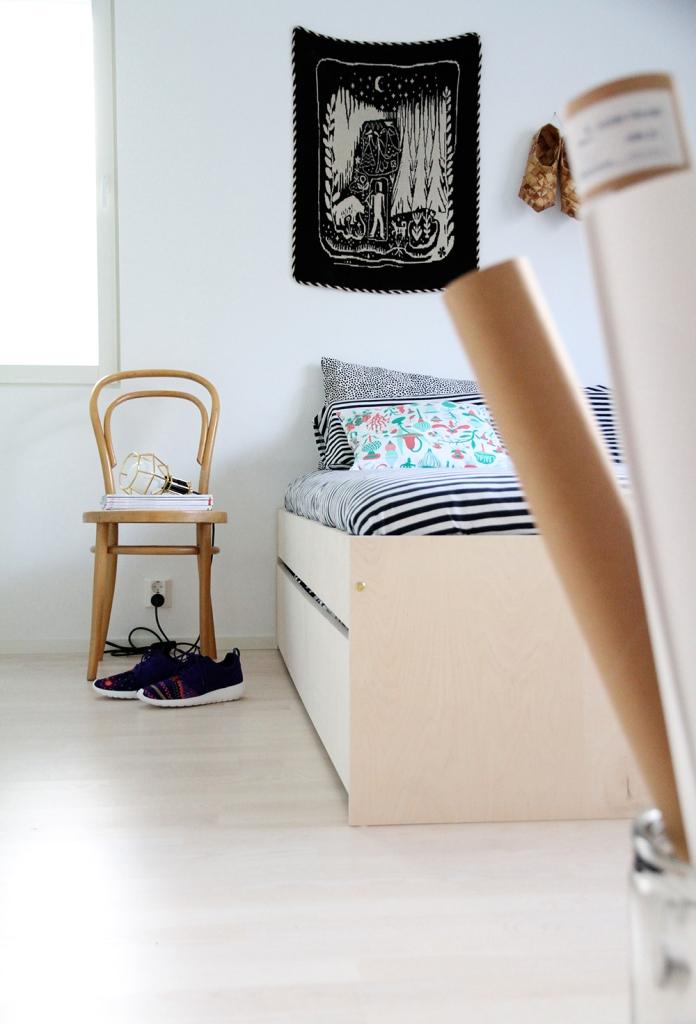 hunajaista aikuisten makuuhuone sisustusblogi avaroom sanky vuode