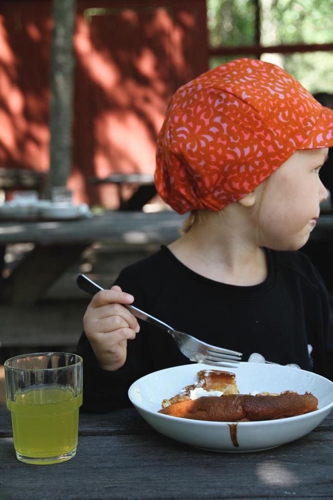 hunajaista siiri kahvila leivintupa punainen norsu