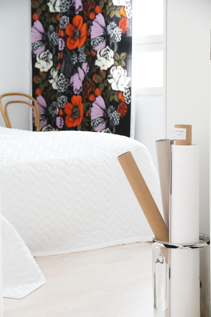 makuuhuone hunajaista sisustusblogi marimekko verhot