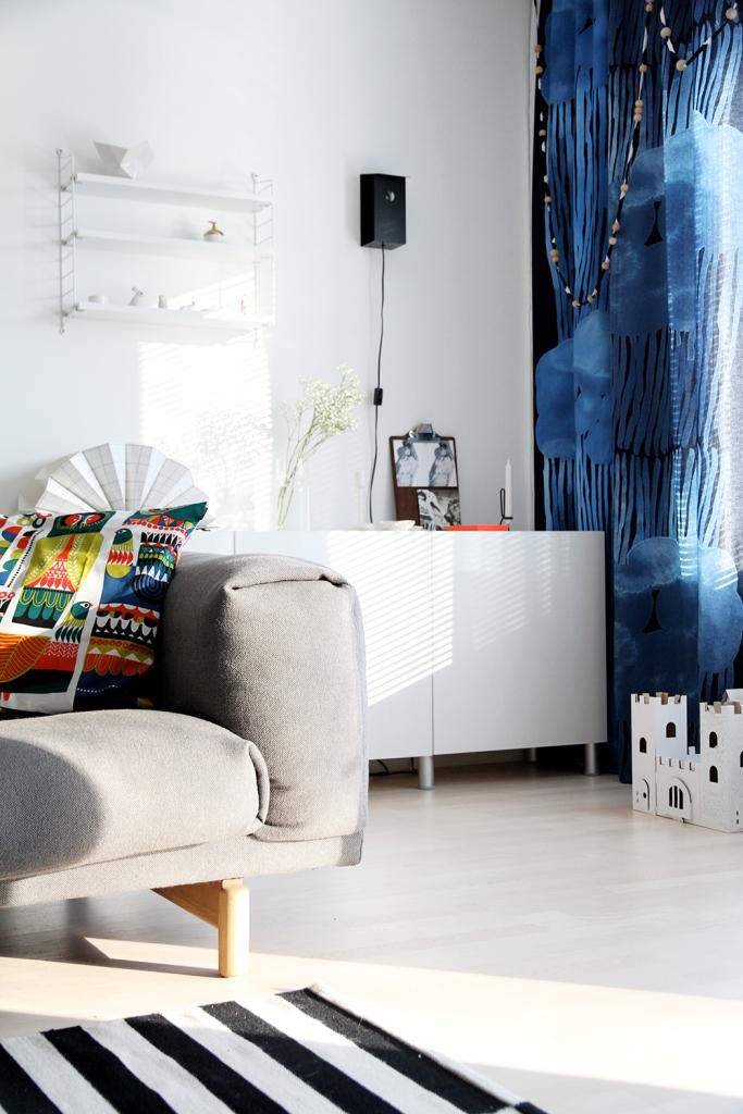 sanna annukka sisustusuutuus marimekko syksy 2014 hunajaista olohuone livingroom decoration interior jussaro verho muuto rest