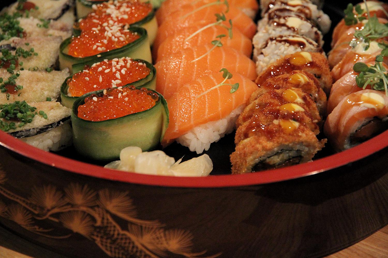 hunajaista bloggaajat mansessa sushi maruseki tampere