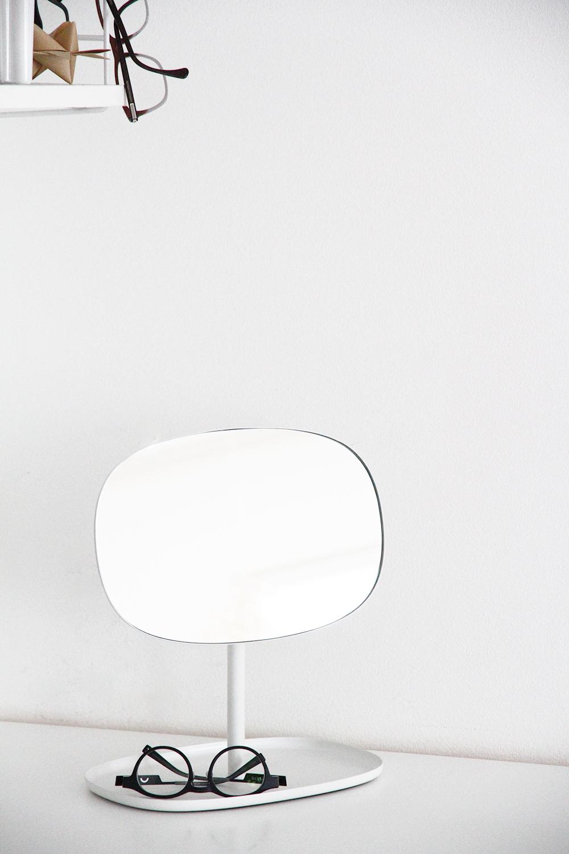 hunajaista normann copenhagen peili flip