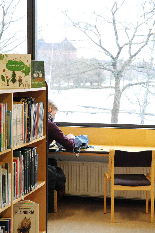 hunajaista kirjasto hameenlinna lukija