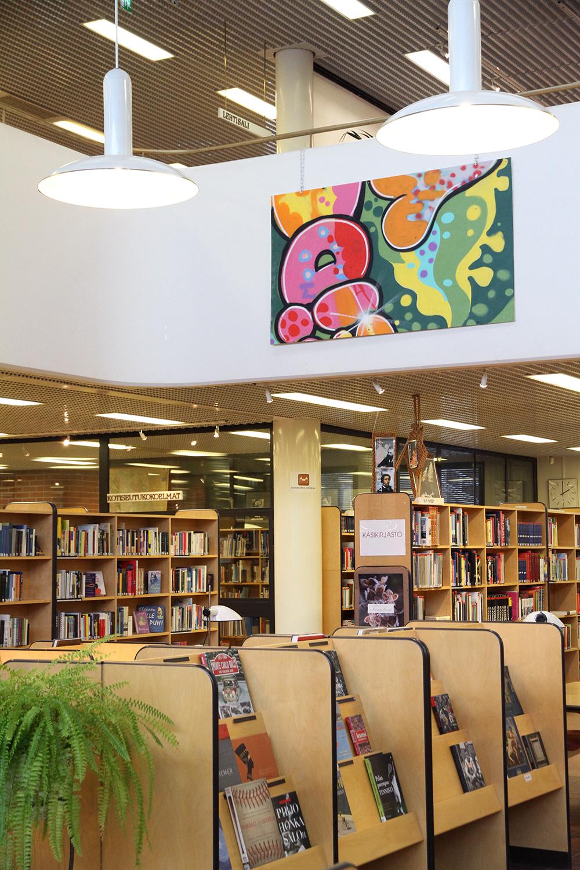 hunajaista kirjastossa hameenlinna